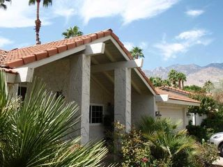 Palm Springs house rental - Front Exterior