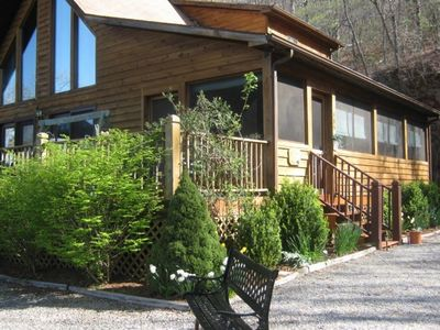 Bryson City cabin rental - Welcome to Retreat in the Sky...the vacation home to fall in love with...