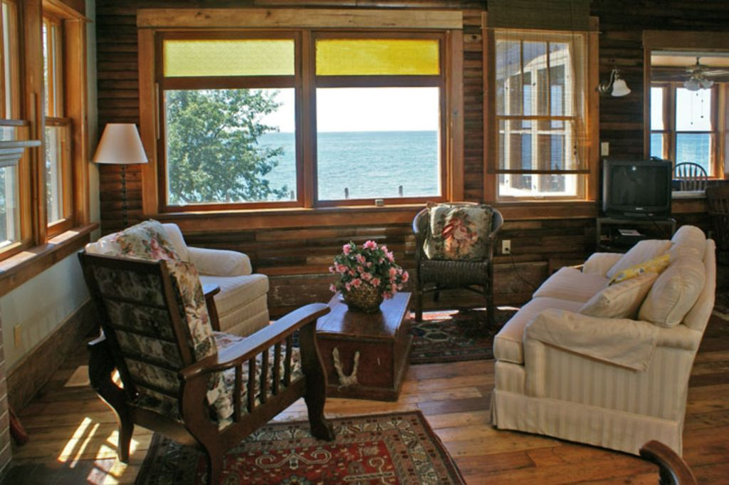 West Water Place On Lake Ontario In Wellington Vrbo