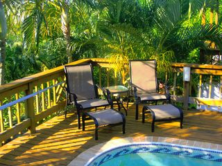 Roatan house photo - Relax or sunbathe poolside