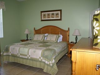 Cape Coral house photo - Master Bedroom. King bed, private bathroom and large walk-in closet
