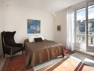8th Arrondissement Champs Elysees apartment photo