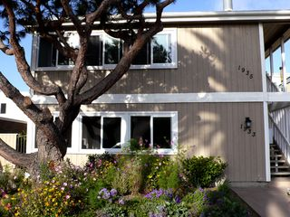 Del Mar condo photo - front of building