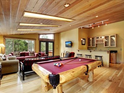 Loft with pool table wetbar and sink