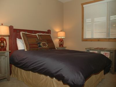 Trademark condo # 72 3rd bedroom w/queen bed