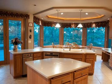 You may find it difficult not to spend too much time cooking in this kitchen.