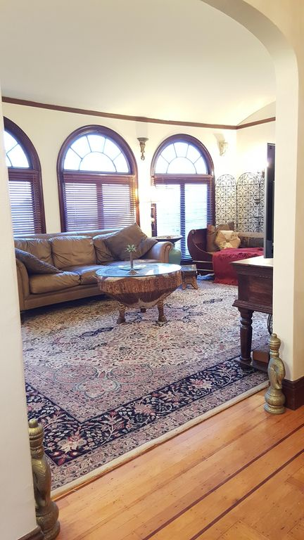 Two Bedroom.5 Min Walk To Golden Gate Park .15 Min Train Or Bus To Downtown S.f