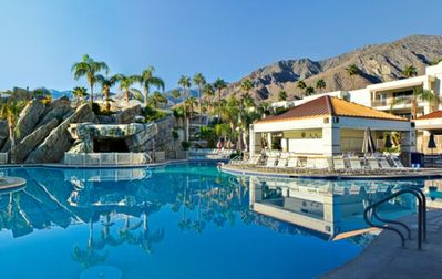 Large Outdoor Pool with View of Mountains at the Palm Canyon Resort