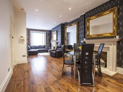 Mayfair apartment rental