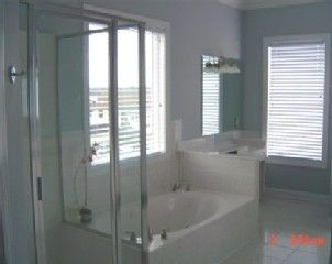 Garden City Beach house photo - Upstairs master bath on inlet