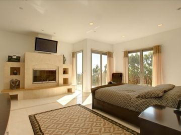 Malibu ESTATE Rental Picture
