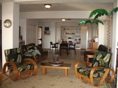 1950's rattan lounge chairs, sofa, futon, NetGear enternet connection!!