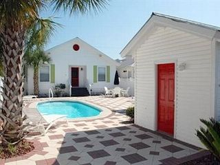 Destin house photo - Pool Heating is optional $55/per day 3 day minimum or $350./week