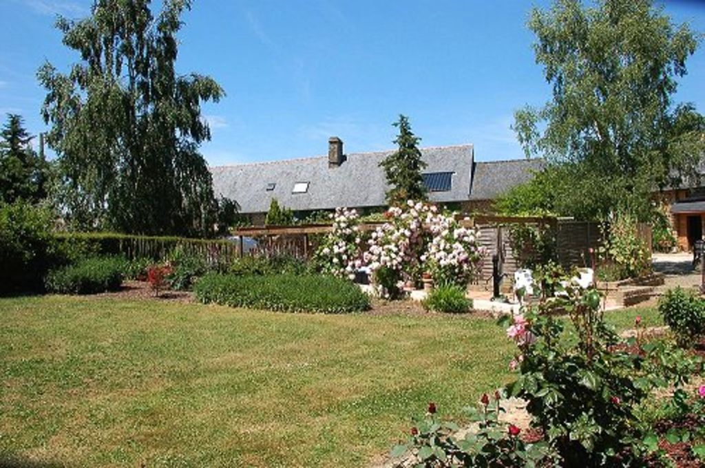 Holiday house, close to the beach, Parigné, Brittany