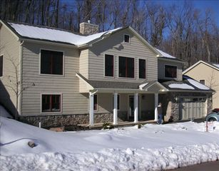 Lake Harmony house photo - Walking distance to Big Boulder Ski Mountain & Lake