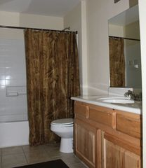 Mesquite condo photo - Bath 2 - Tub/Shower combination