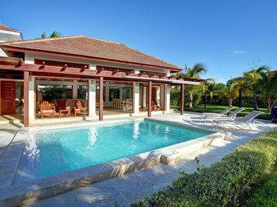 Gazebo & Private Pool