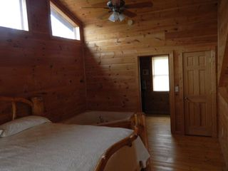 Pigeon Forge cabin photo - Loft Bedroom with Jacuzzi Tub + Full Bathroom