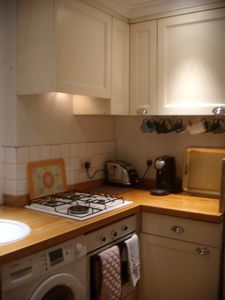 Kitchen with diswasher