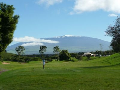 Golfing at the Big Island Country Club