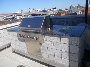 Grill on the roof!