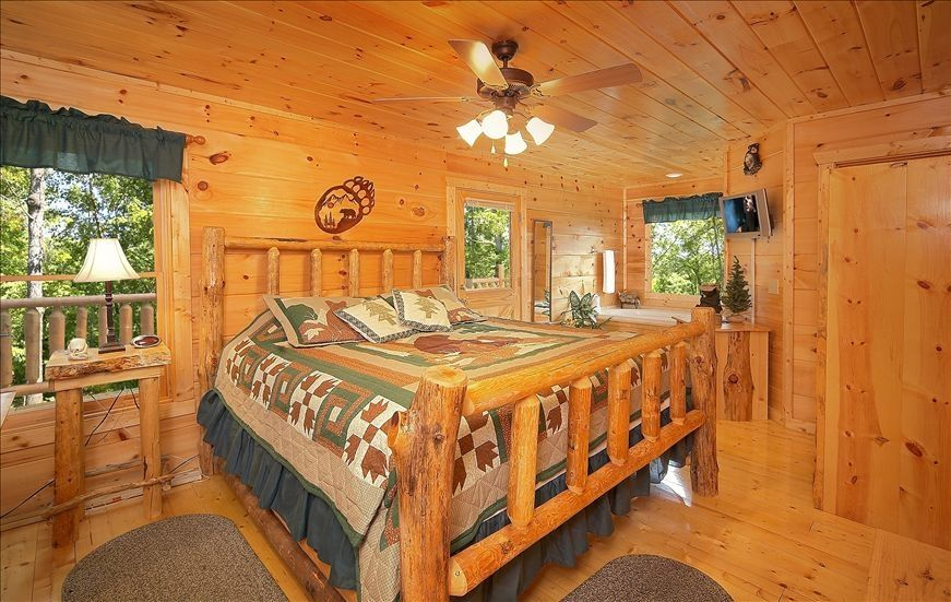 Bear Foot Cabin Great Smoky Mountains Are Vrbo