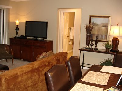 Enjoy the 40' Flat Screen TV While Relaxing!
