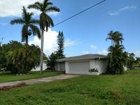 Remodeled 3 bed 2 bath waterfront house , awesome water view.(30 day minimum)