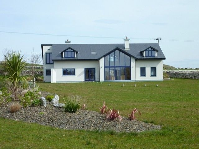 An teach gorm spacious contemporary home set on 1 acre for Irish bungalow designs