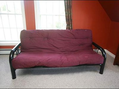 Stowe house rental - Futon in the Fourth Bedroom