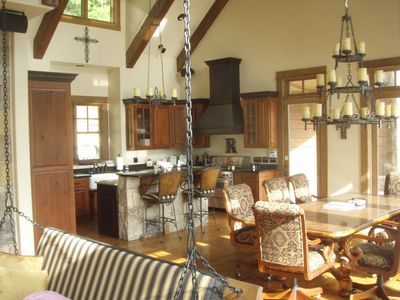 Lake Nantahala house rental - Every cook's delight! Even has a commercial gas range w/ 2 ovens!