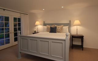 Malibu house photo - Calm, master bedroom with comfortable bed and luxurious linens.