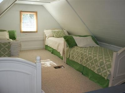 Twin Beds - Sleeps 4