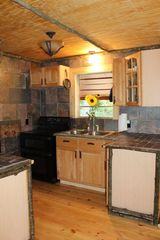 Blairsville cabin photo - Stone and log counters