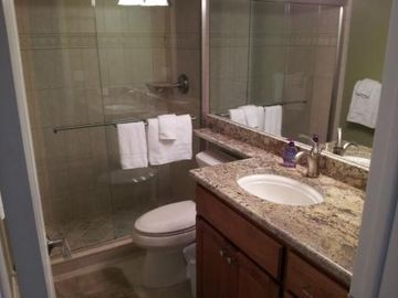 Admiralty House condo rental - Guest Bathroom
