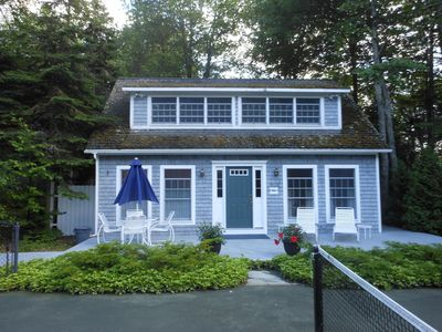 Seasmoke is ideally located between Acadia Nat'l Park & Blue Hill peninsula.