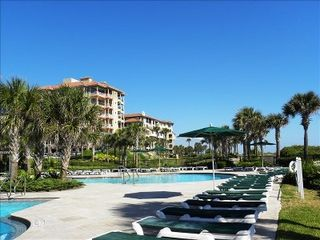 Amelia Island condo photo - Lounging at the Pool
