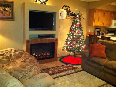 OUR CHALET HAS A HOLIDAY DECOR, READY TO START THE CHRISTMAS SPIRIT!