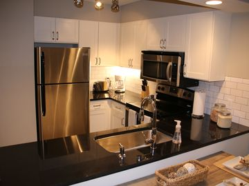 Auburn townhome rental - Kitchen view 2