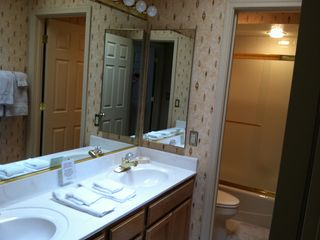 2nd Bedroom Bath