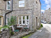 1 BROWN FOLD, pet friendly in Grassington, Ref 18832