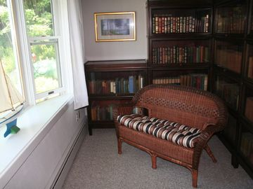 sitting room/library off master bed room