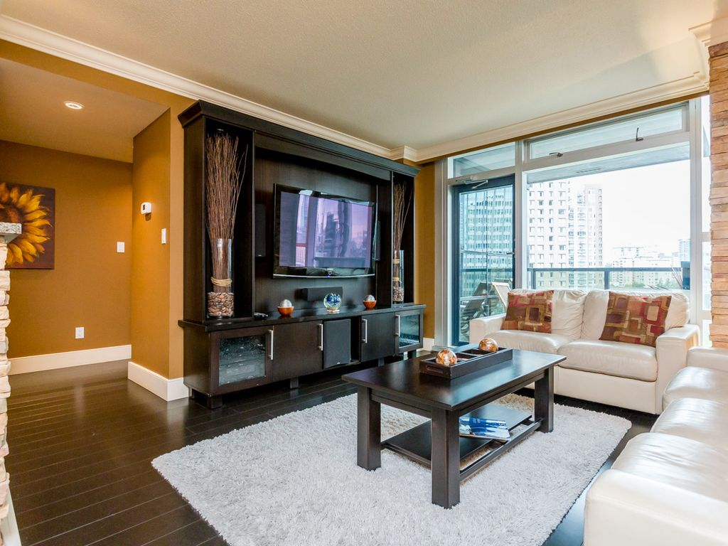 Downtown vancouver 2 bedroom 2 bathroom vrbo for Bathrooms r us vancouver