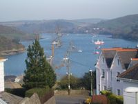 Luxurious holiday home in Salcombe with panoramic views over estuary, 2 parking