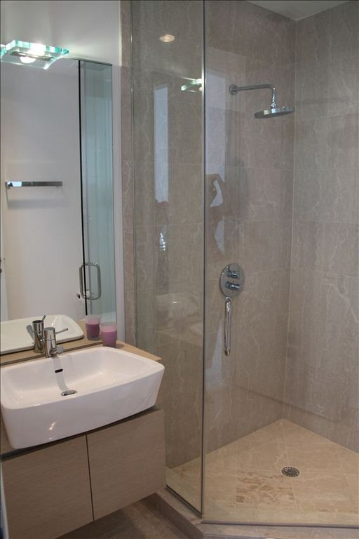 Guests Bathroom with shower