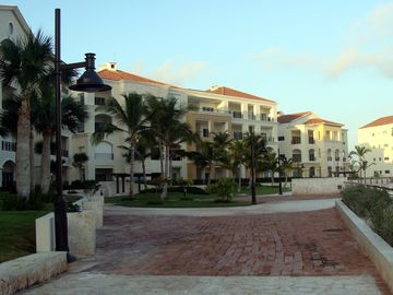 Aquamarina Buildings and Patio Area