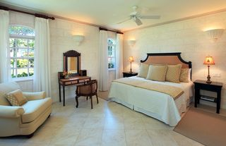 Sandy Lane villa photo - Comfortable downstairs bedroom suite at Saramanda