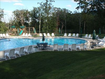 Tannersville townhome rental - community pool open summer months