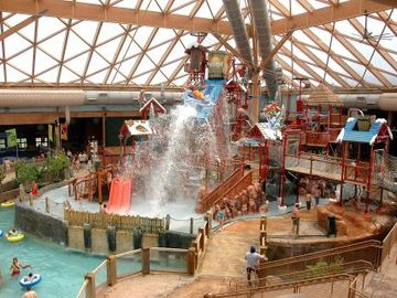 Massanutten indoor waterpark