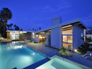 Palm Springs house photo - Salt water heated pool and spa